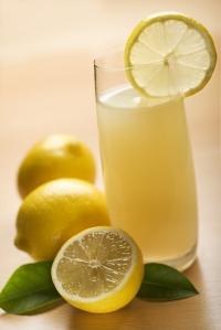 bigstockphoto_lemonade_3393603